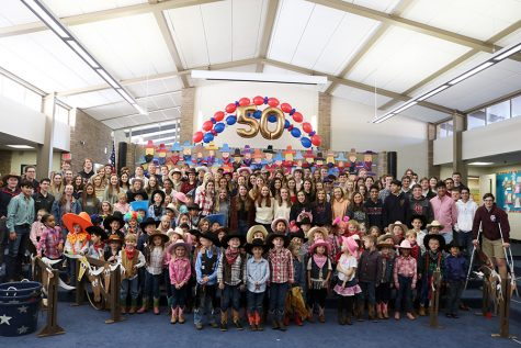 Kindergarteners Lasso Seniors at Annual Rodeo