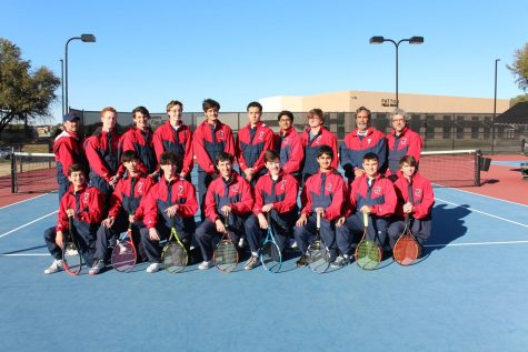 US tennis team from the 2019-2020 school year. Coach Brad Cinalli can be see seen in the second row on the far left, and Coach Sil Azevedo can be seen in the second row on the far right.