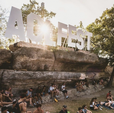 The famous ACL sign located in Zilker Park.
